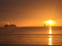 unum_sunset