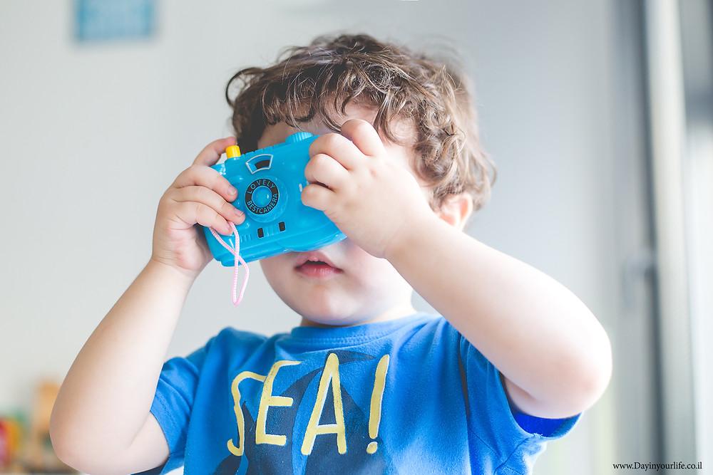 טיפים לצילום ילדים בבית
