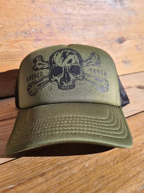 """""""Crossbones Skull"""" Trucker Hat"""