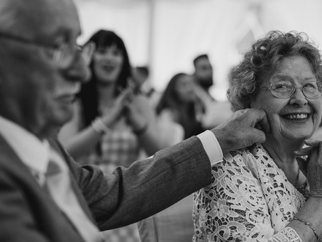 Wedding Photographer Hertfordshire Share Tips and Tricks on Creating Memories on your Wedding Day