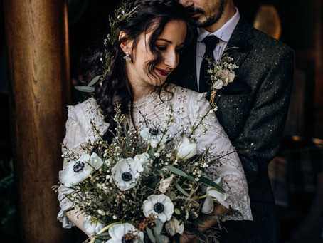 Wedding Florist Hertfordshire Shares Tips on Choosing your Wedding Florals