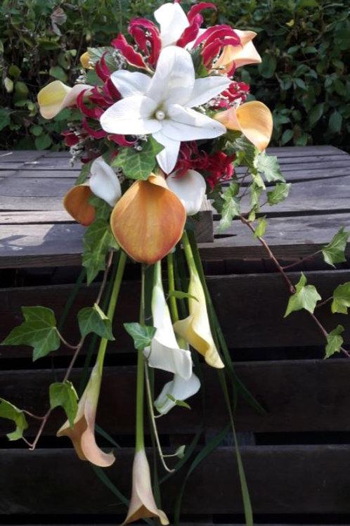 Bouquet légèrement retombant