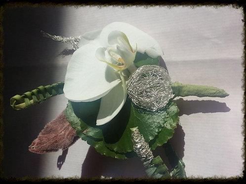 Boutonnière 4 Orchidée blanche