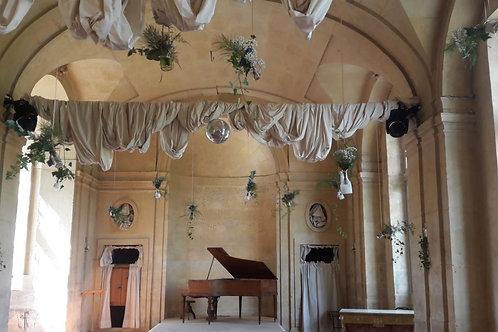 Petits bouquets suspendus pour décoration salle de mariage