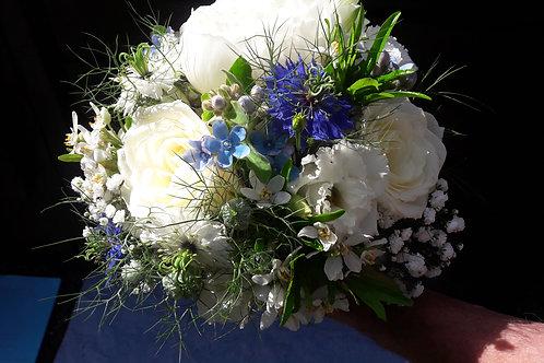 Bouquet romantique blanc et bleu