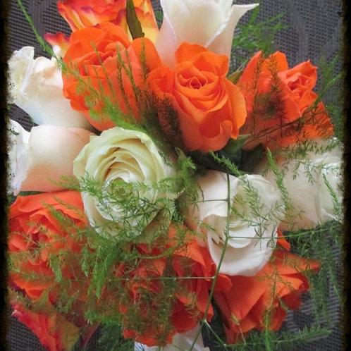 Petit bouquet orange et blanc