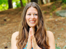 The Business of Yoga with Amanda Kingsmith from M.B.Om