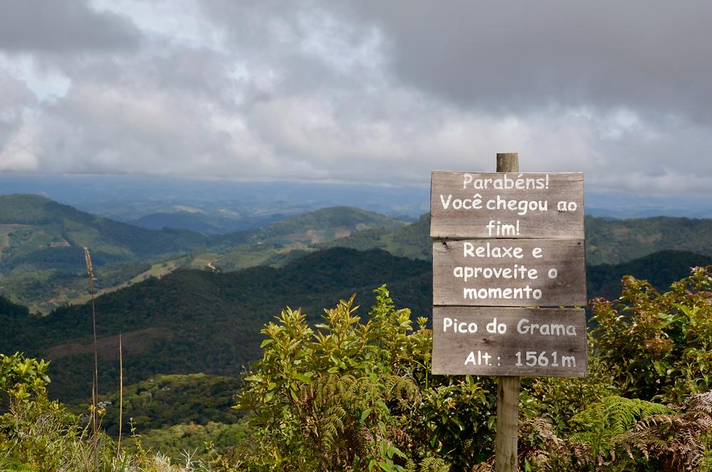 Pico do Grama: trilha suave e vista deslumbrante acima de 1.500 m, no Parque do Brigadeiro