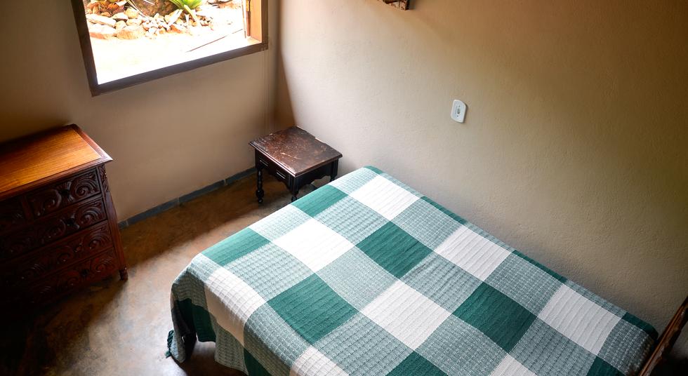 Quarto Cama de Casal 1, Rancho das Pedras, Estouros, Araponga-MG, Serra do Brigadeiro