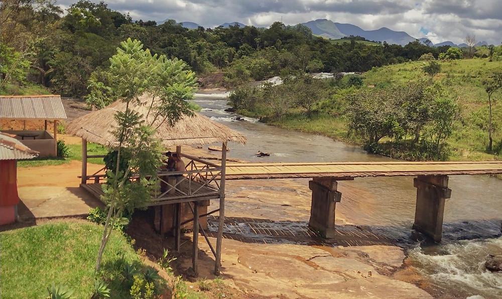 Cachoeira dos Ferreira, na Serra do Brigadeiro | Vista superior do Quiosque