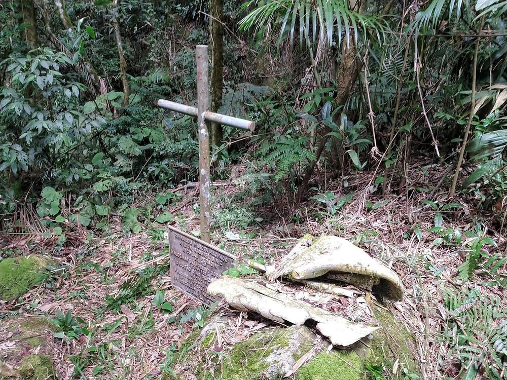 """A """"Trilha do Avião"""" na Serra do Brigadeiro: lugar de memórias, lugar de história"""