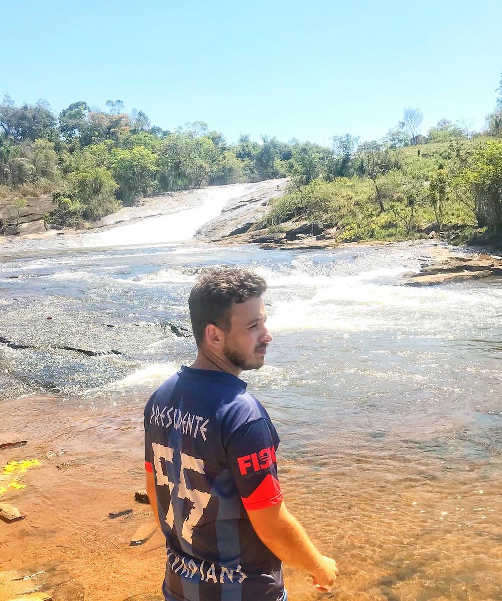 Cachoeira dos Ferreiras, em Fervedouro-MG