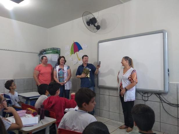 Projeto Cooperjovem Bullying na Escola, Palestrante Pastor Darli, Escola Bento