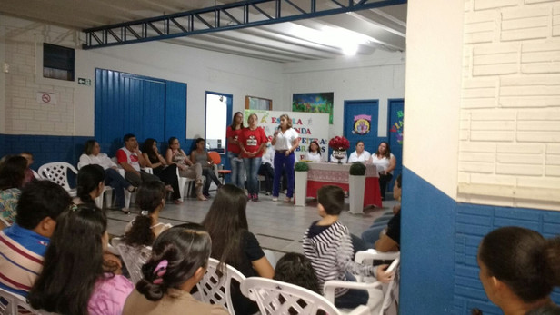 Projeto todos contra a Dengue da Escola Barzotto