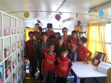 Visitinha dos alunos do professor Gilberto do projeto arte e vida não no comboio