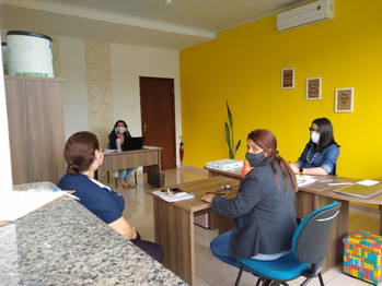 Pré Conselho e fomação de comissão para retorno das aulas no CMEI Mônica
