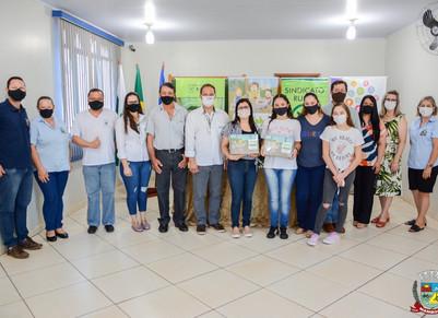 Mamboreenses recebem premiação do Agrinho 2020