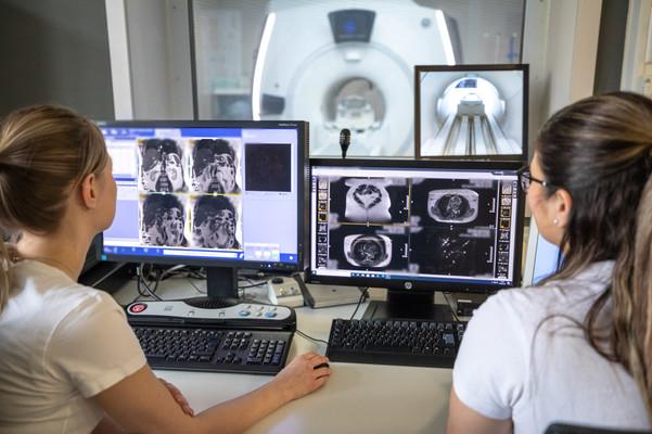 Radiologicum-Mitarbeiter-1034-verpixelt.jpg