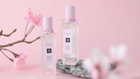 Jo Malone London櫻花香水復刻回歸!日本限定版霧面櫻花色瓶蓋搭配日式仙氣繩飾,香迷必收的最美香水!