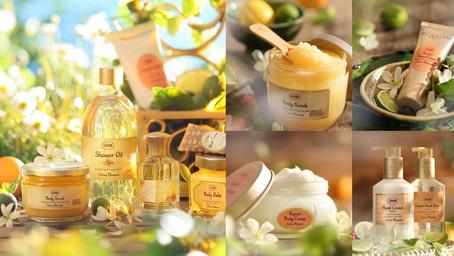 明亮的清新柑橘香:SABON『橙花漫舞』帶你走進被金色暖陽簇擁的地中海橙花果園,在明媚陽光下橙花隨微風漫舞!