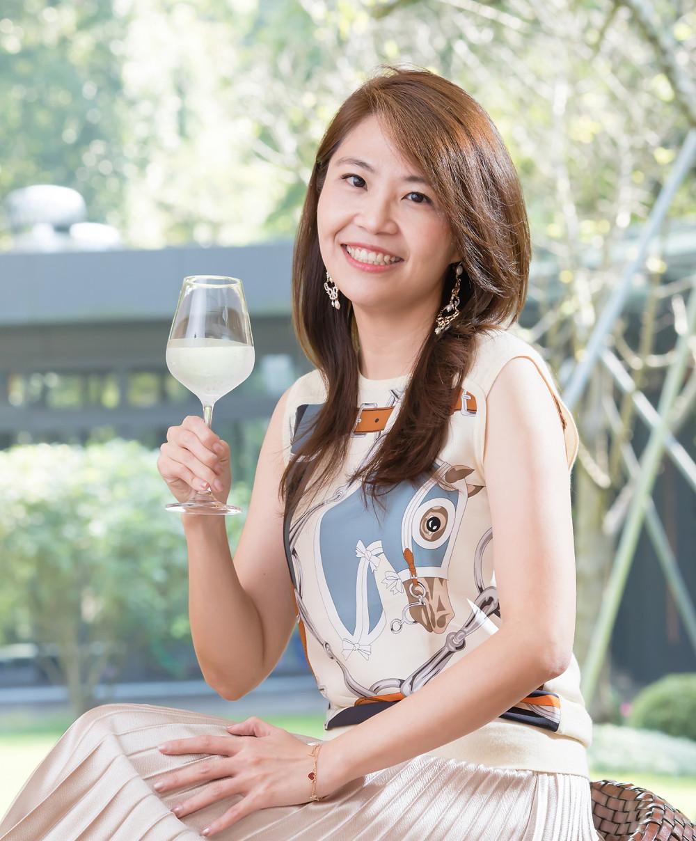 陳君潔Jessica Chen  德國杜門斯學院國際認證品水師