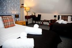 Double_Twin Room en-suite