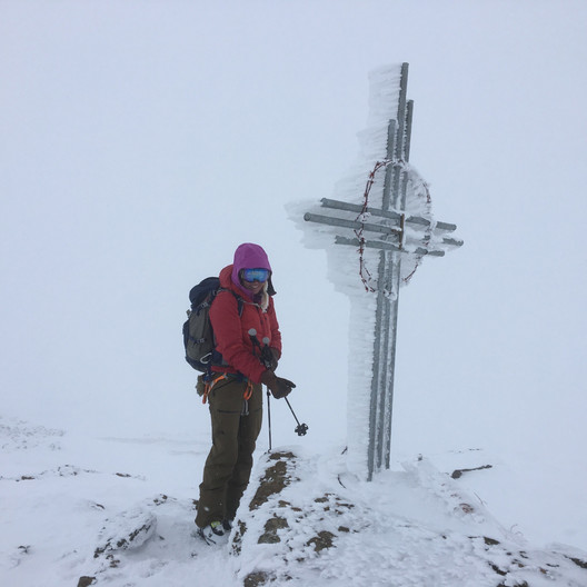 Classic Italian summit...with a very rimed cross