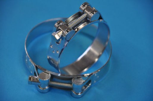 Pipe clamps and bundles