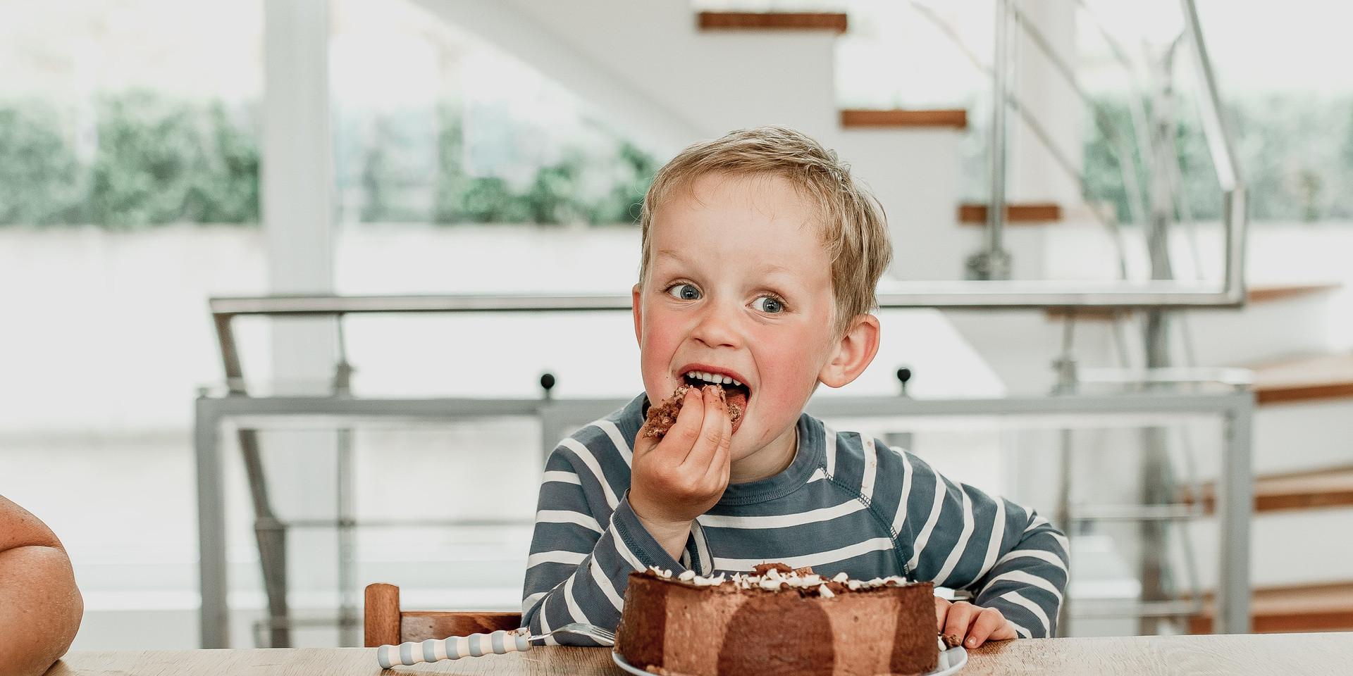 Cake-Smash, Kindershooting, lustiges Shooting, Junge, Coburg