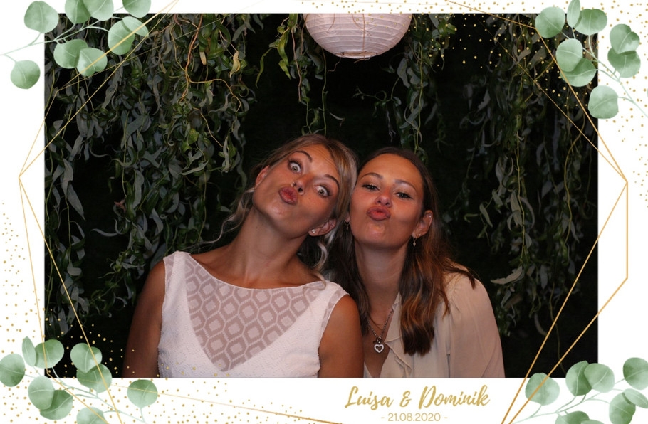 Fotobox_Beispielbild_Rahmen_Hochzeit_Sofort_Druck