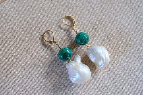 Malachite & Giant Pearl