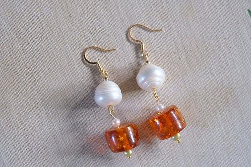 Amberlite & Pearl
