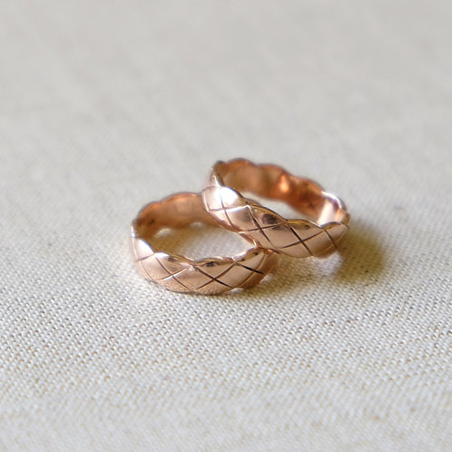 Pair of Quilted Stackable Rings (Size 10)