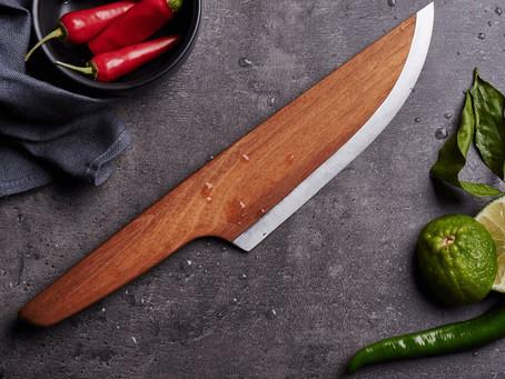Skid a Faca do Chef Fabricada 97% em Madeira