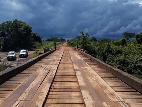 Madeira apreendida pelo Ibama é usada para construção de 50 pontes na Amazônia