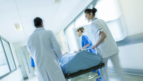 Cómo reclamar una indemnización por negligencia médica ictus
