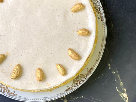 עוגת גבינה אפוייה ומרציפן