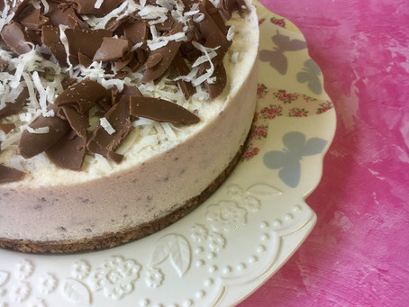 עוגת גלידת קוקוס ושבבי שוקולד