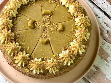 עוגת מוצרט-פיסטוק שוקולד מרציפן