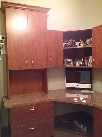 Stained Home Office Cabinets - Lake Charles, LA - ShelveIt