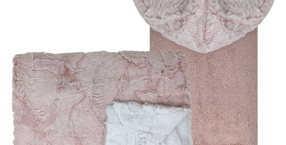 Amelia Pink/White Blanket and Towel Set