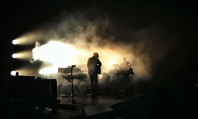Darkside_performing_in_Singapore,_2014.j