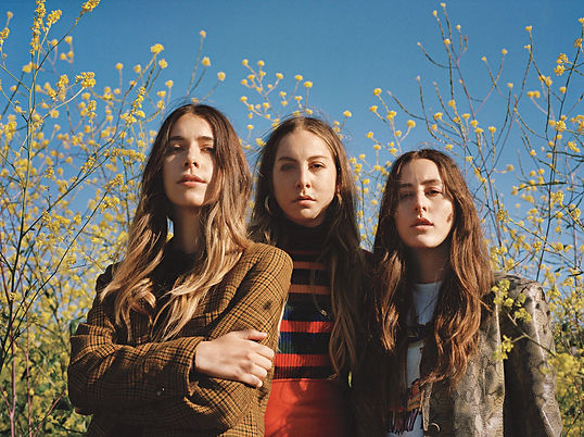 haim-sisters-in-arms-2017-rolling-stone-