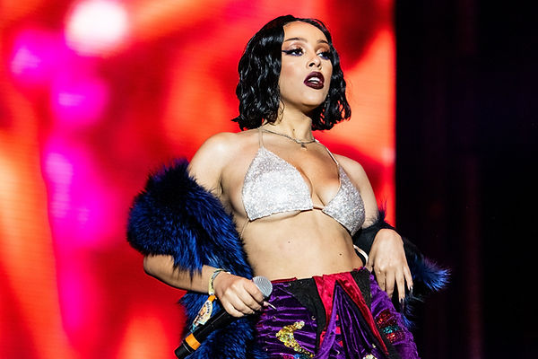 doja-cat-performs-during-2019-rolling-lo