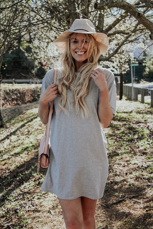 Easy Outfit Idea: The T-Shirt Dress