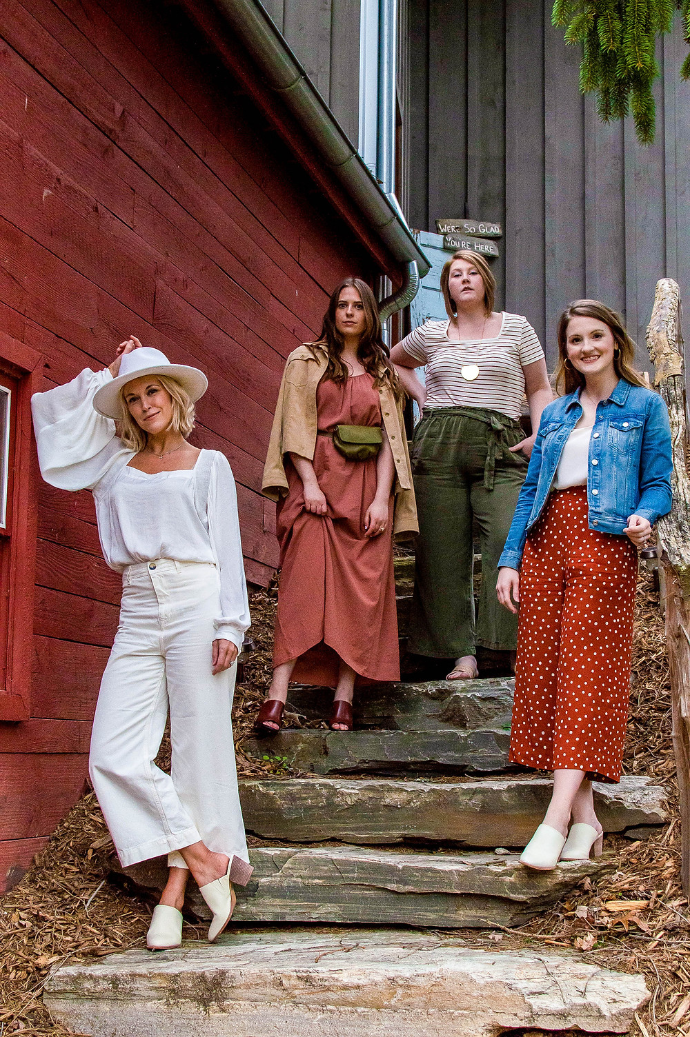 Asheville fashion bloggers, Kirby Wolf Fashion by Day, 30 Shades of Stephanie, Courtney Davis Awesome on Occasion, The Tony Townie Brooke Williams, Honeysuckle Hill, vintage barn