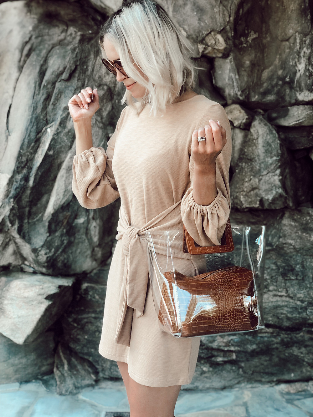 Summer to fall outfit idea: khaki long sleeve dress, brown top handle bag. What to wear on romantic getaway to Grove Park Inn in Asheville, NC.