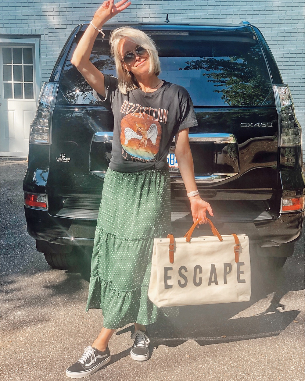travel outfit, summer, target polka dot maxi skirt, led zeppelin tee,fashion-blogger-style