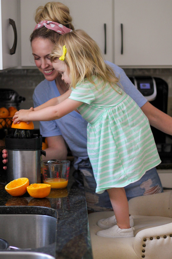 Fresh Squeezed Popsicles: Homemade Treats Toddlers Can Help Make