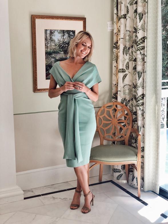 Sophisticated Dresses for Summer Wedding Season